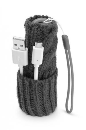 Зимна външна батерия за телефон 2200mAh черна